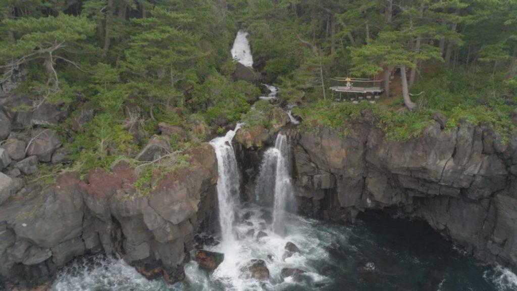 対島(たじま)の滝
