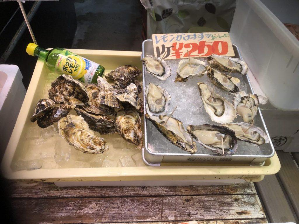 店頭「生牡蠣」