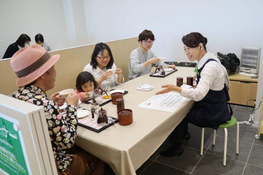 日本茶の入れ方体験静岡県産の紅茶